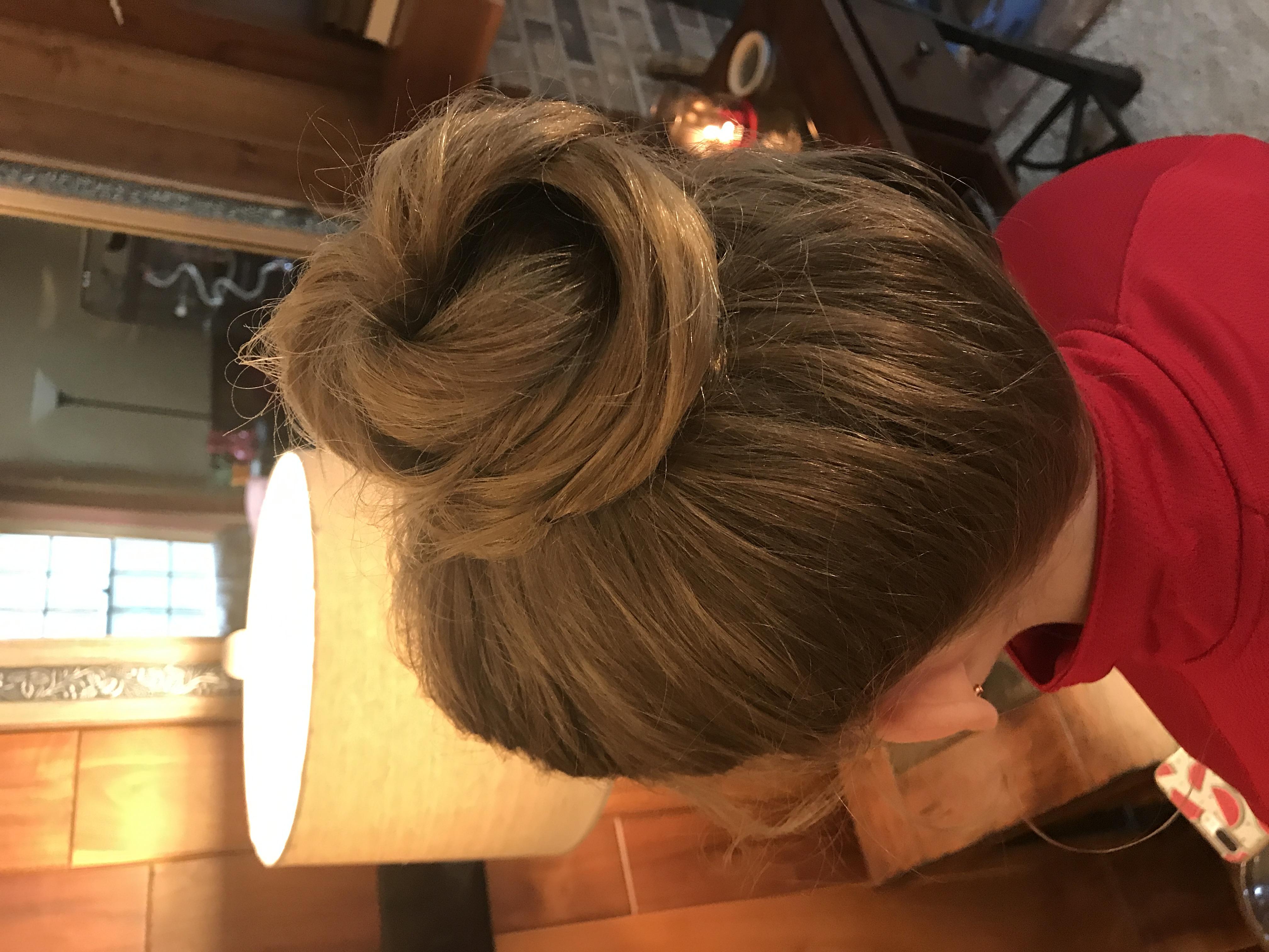 Junior bridesmaid bun