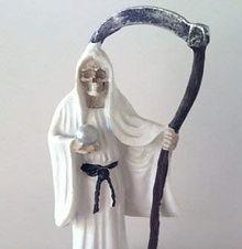 Santa Muerte Figur weiss_bearbeitet.jpg