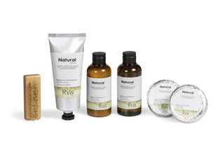 Ryis Peppermint and Rosemary Bath Gift Set