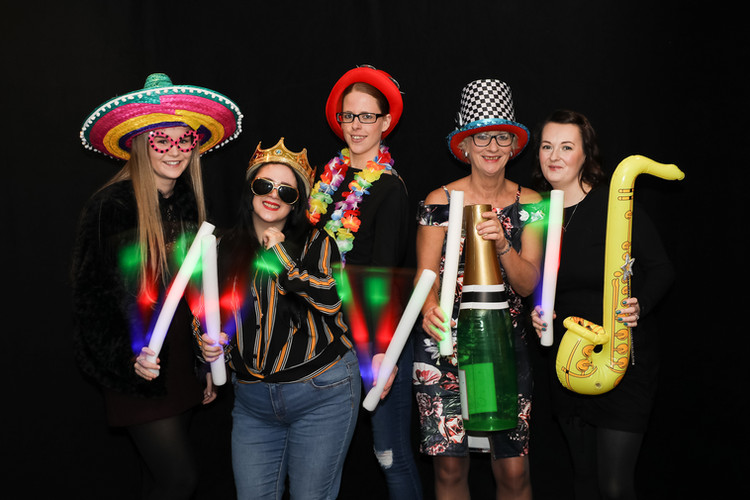 photo-booth-hire-north-west-003.jpg