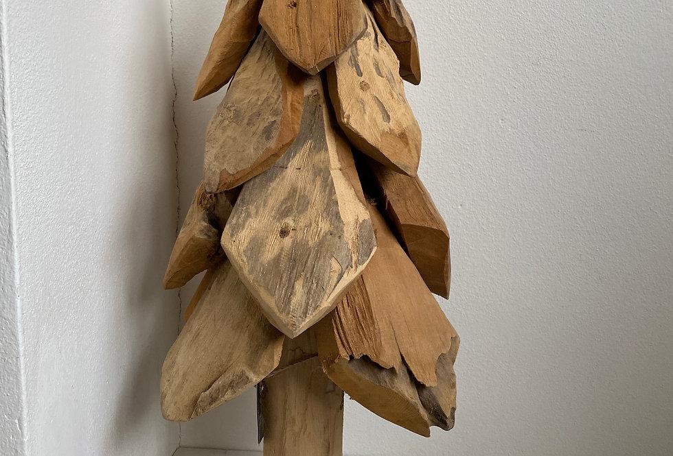 Masivní teakový strom