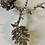 Thumbnail: Stříbrná větvička šišek