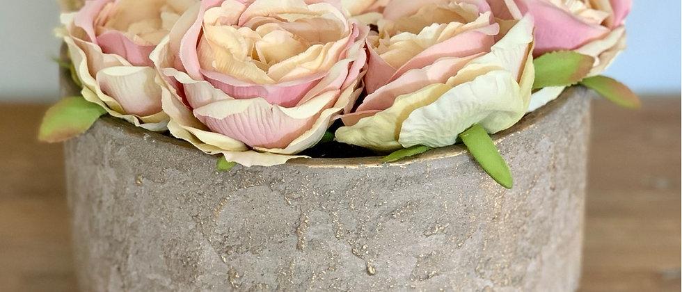 Betonová váza