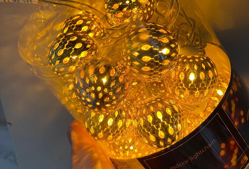 Vánoční řetěz zlaté koule