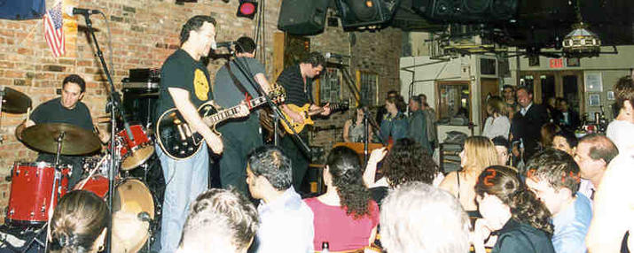 Bitter End Crowd, 6-13-02