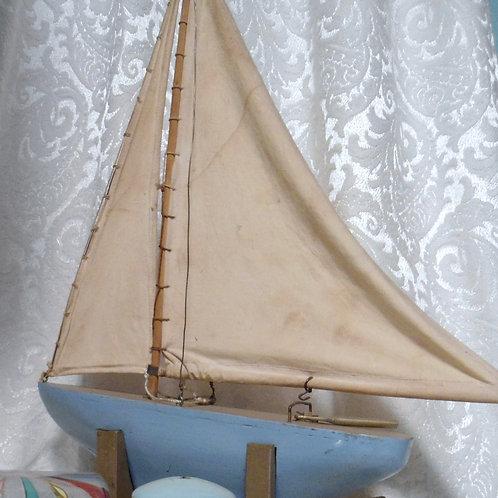 Vintage Model Pond Boat