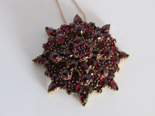 Victorian Garnet Gold Pendant