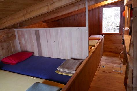 Schlaflager für 6 Personen mit zwei Dreierkojen
