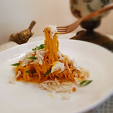 Spaghetti Crab Meat in Creamy Crab Paste