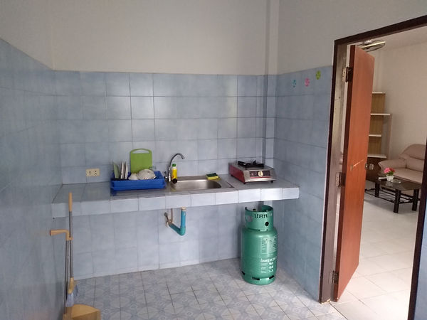 Kitchen 03