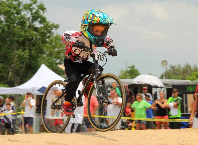 Fast Little Guys at Pearland BMX