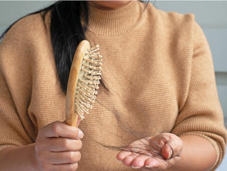 多嚢胞性卵巣症候群(PCOS)関連の脱毛を管理する方法