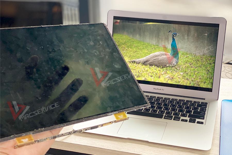 เปลี่ยน LCD Macbook Air