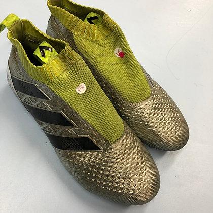 Football boots -Adidas - Shoe size 6.5