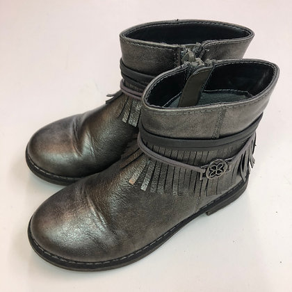 Boots - Silver - Shoe size 9 (jr)
