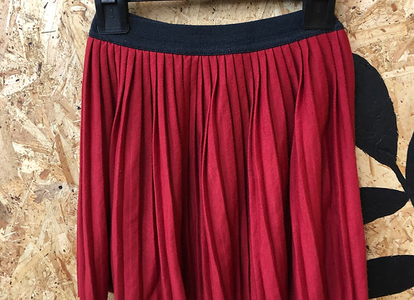 Skirt - Red pleated - Age 8