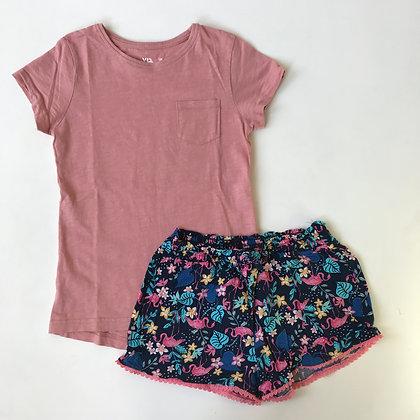 Bundle - Shorts & Top - Age 8