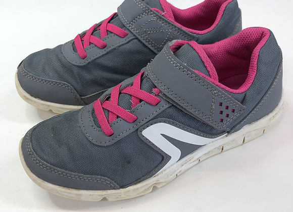 Trainers - Grey - Shoe size 1.5