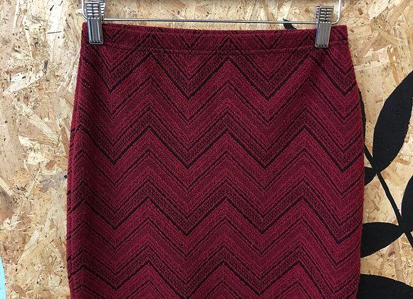 Skirt - Straight red chevrons - Age 11