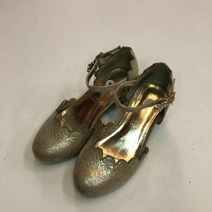 Shoes - Monsoon kitten heel - Shoe size 9 (jr)