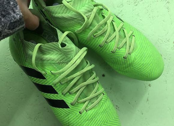 Football boots - Adidas -Shoe size 4
