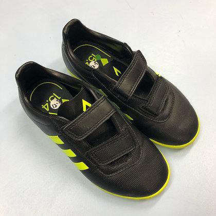 Football trainers - Adidas - Shoe size 12.5 (jr)