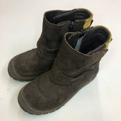 Boots - Leather Velcro - Shoe size 12 (jr)