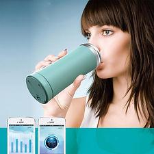 smart cup in mana femeie.jpg