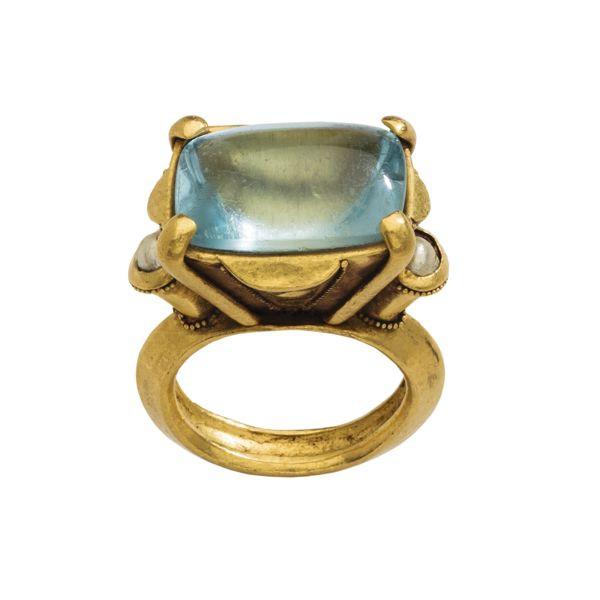 anel aguamarinha , pérola e ouro  sec 12/13 AD Itália pedra do signo de março