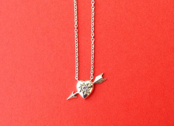 pendente  prata coração com flecha