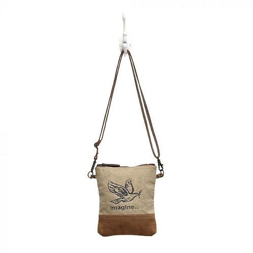 Myra flying bird bag