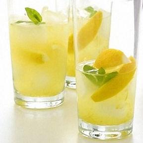 homemade lemonade.jpg