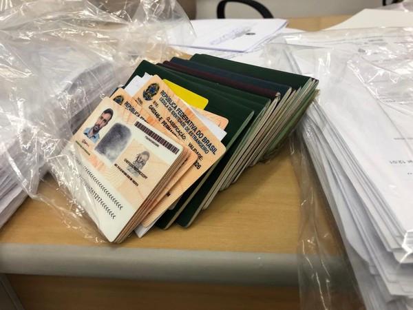 Documentos apreendidos na operação Big Five (Foto Divulgação Polícia Federal)