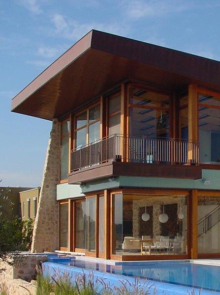 Porta-finestra in legno