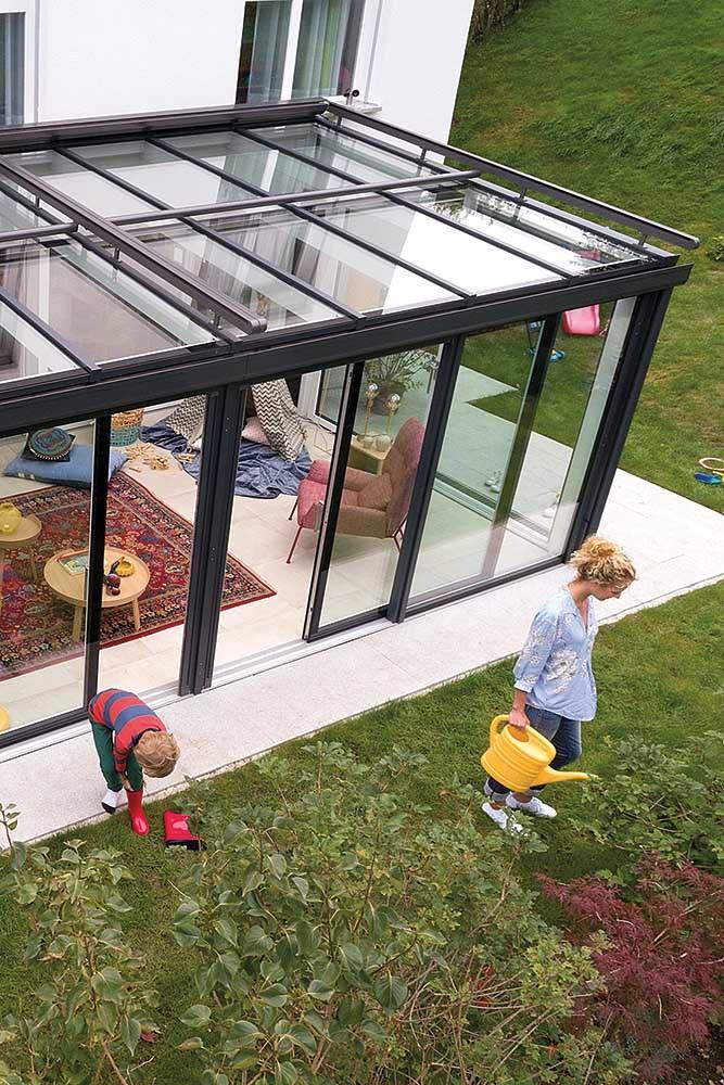 Veranda tutto vetro per giardini, terrazzi e balconi