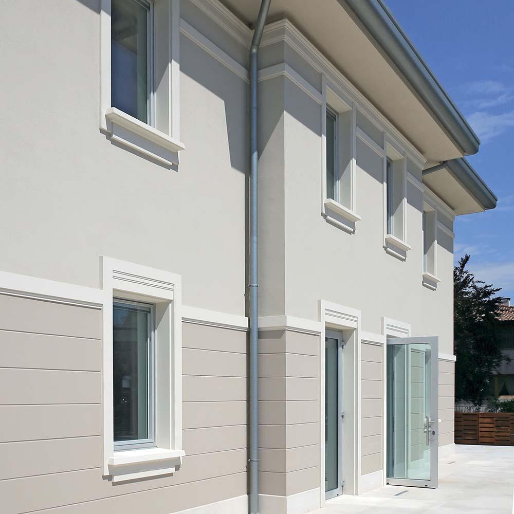 Serramenti in PVC ad elevato isolamento termico per villa classificata CasaClima Gold