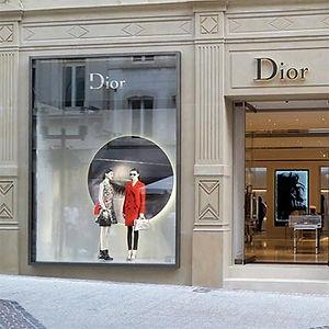 Finestre in legno - Boutique Dior a Lussemburgo