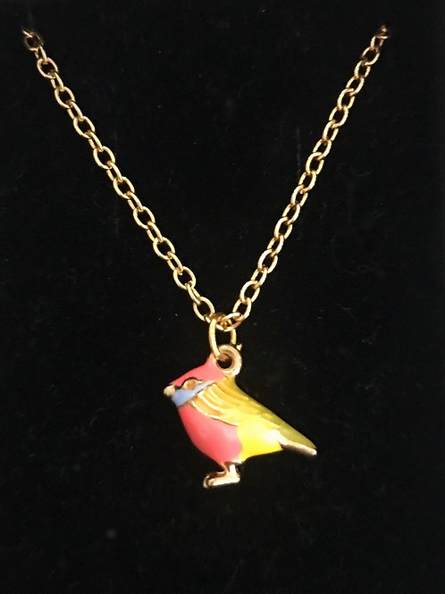 Divinely detailed birdy pendant.