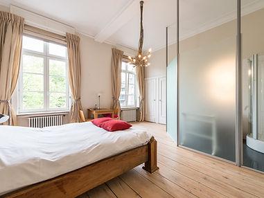 LivingLei Keyser Carel Room