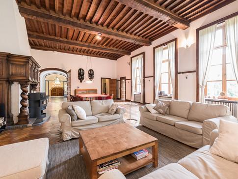 GLR (Giant Living Room)