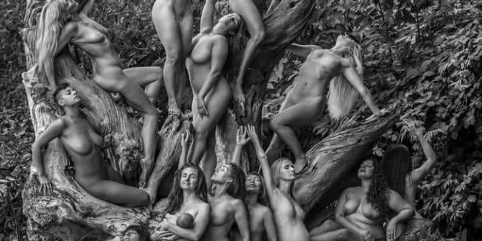 Women's Bodies - VrouwenLijven