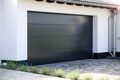 Jola-garazskapu-szekcionalt-1.jpg