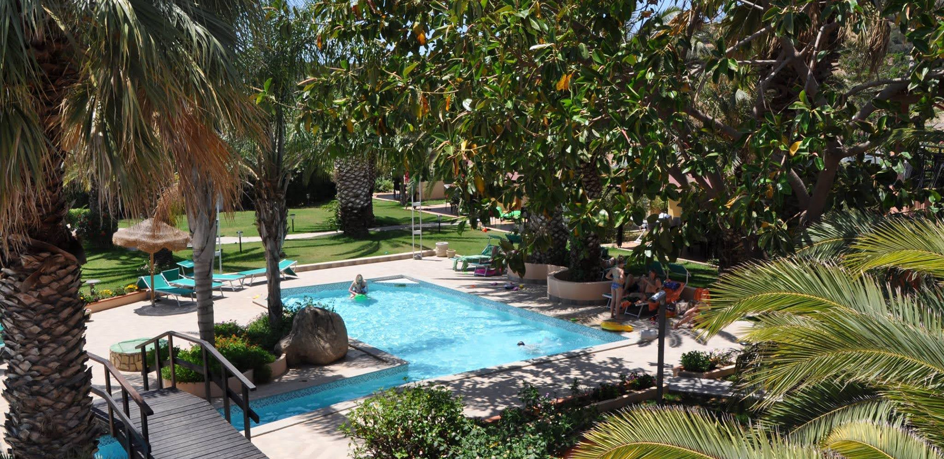 piscina green village resort 7.jpg