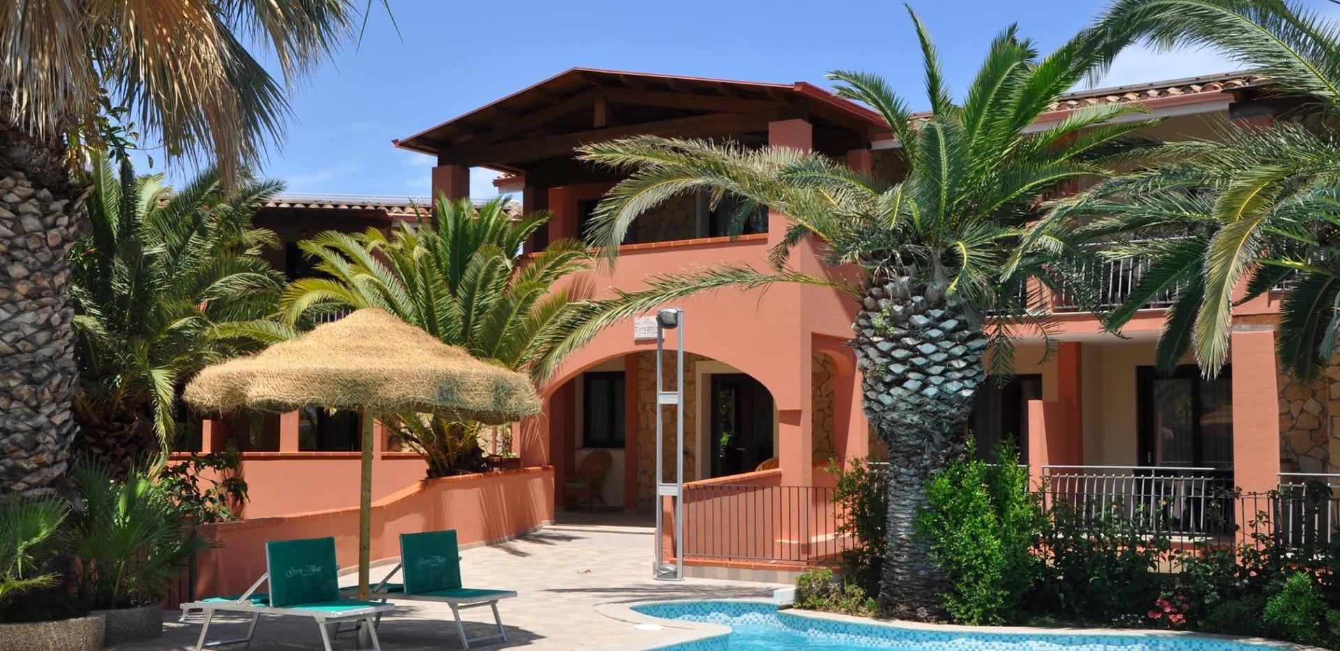 piscina 3 green village resort.jpg
