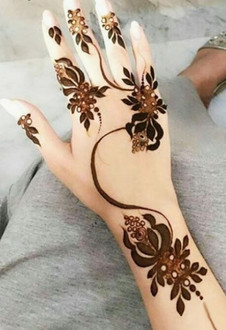 front hand simple mehndi design