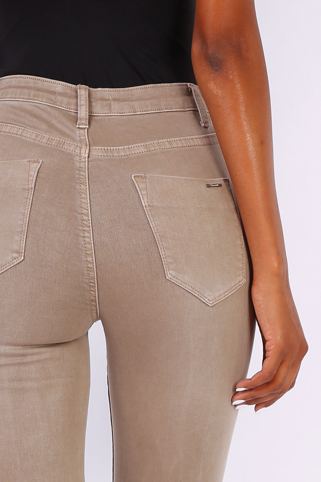 L185-98-TAUPE-3