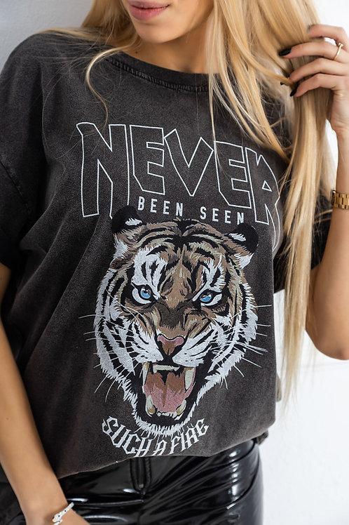 Never Been Seen Slogan T-shirt (Various Colours)