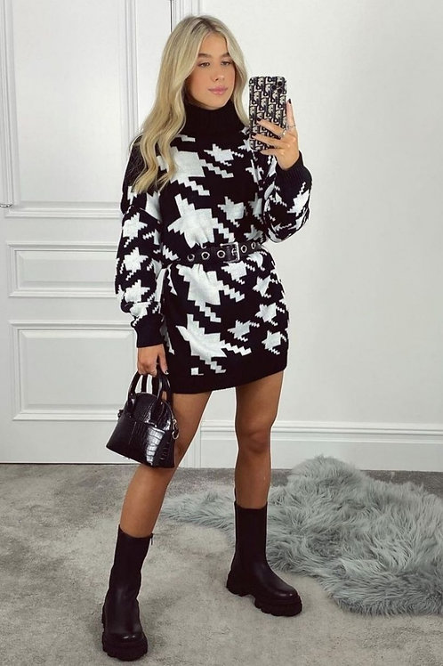 Houndstooth Oversized Jumper | One Size