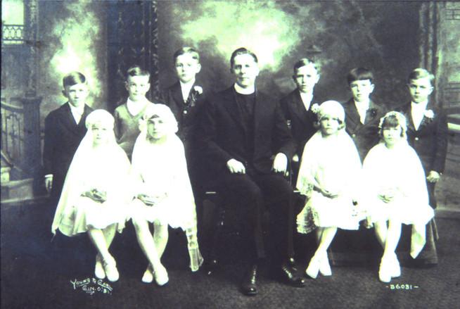24 - Fr Bankemper 1932 with 1st Communio