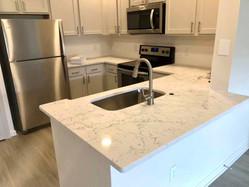 Marble-look Quartz Countertop